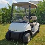 Gebrauchte-Golfcarts-EZGO-RXV-weiss-Seitenansicht-links-nr1-600x600